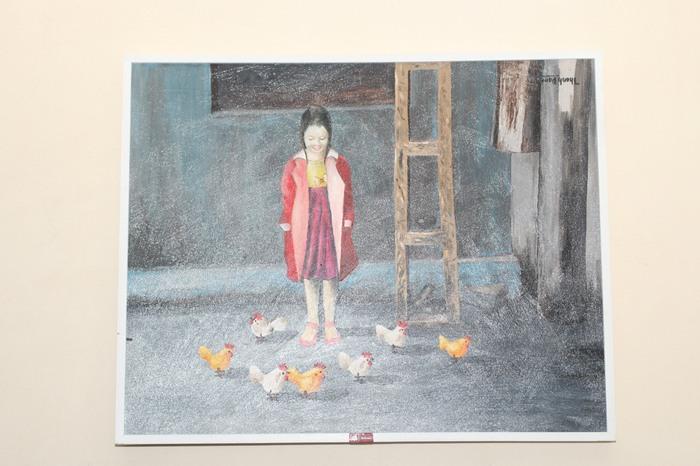 Họa sĩ Kim Đức và mạng xã hội phật giáo trao tặng 50 bức tranh cho BV Xanh Pôn  - Ảnh 3.