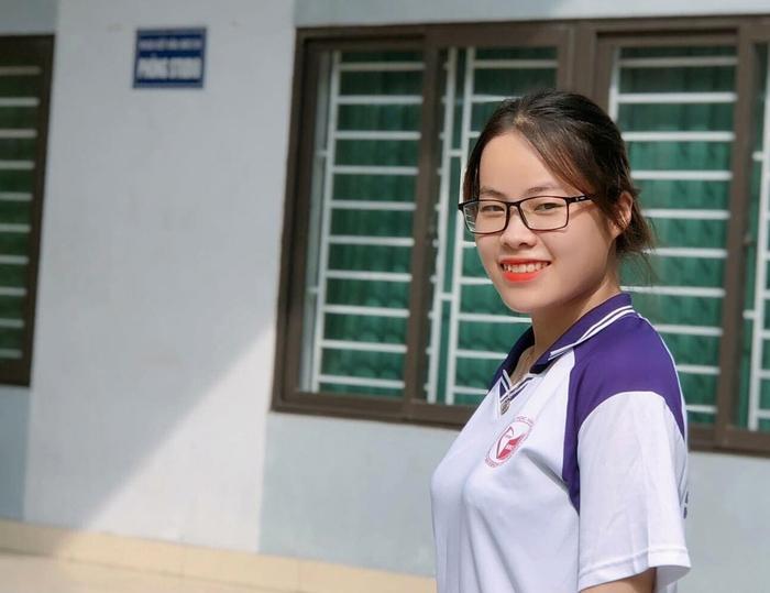 Hoa chuối rừng xuống phố, giúp các sinh viên Dao mang Tết ấm về bản - Ảnh 1.