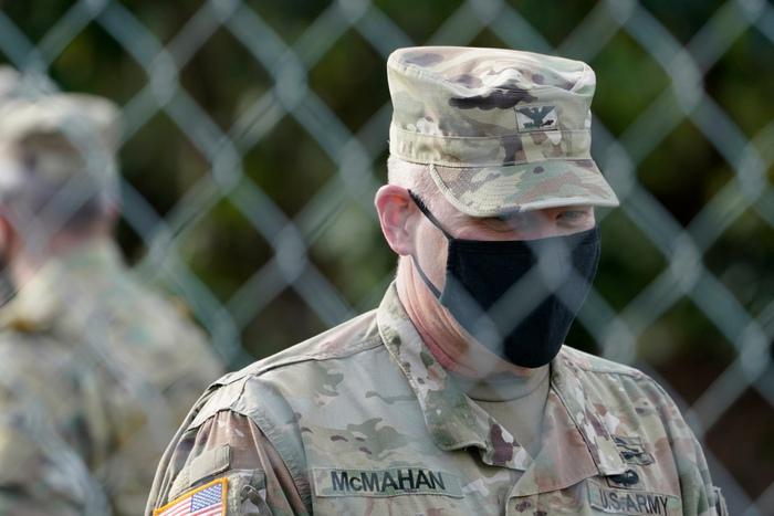 Hoa Kỳ: Thủ đô Washington thắt chặt an ninh chuẩn bị cho Lễ nhậm chức của ông Biden - Ảnh 3.