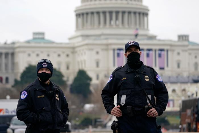Hoa Kỳ: Thủ đô Washington thắt chặt an ninh chuẩn bị cho Lễ nhậm chức của ông Biden - Ảnh 4.