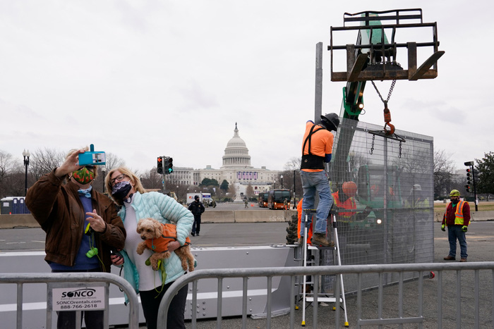 Hoa Kỳ: Thủ đô Washington thắt chặt an ninh chuẩn bị cho Lễ nhậm chức của ông Biden - Ảnh 5.