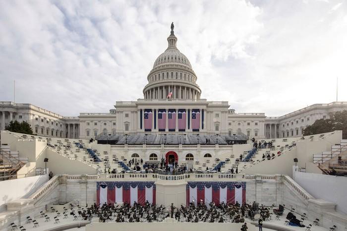 Hoa Kỳ: ông Biden sẽ nhậm chức trong buổi lễ phá vỡ mọi quy tắc truyền thống - Ảnh 1.