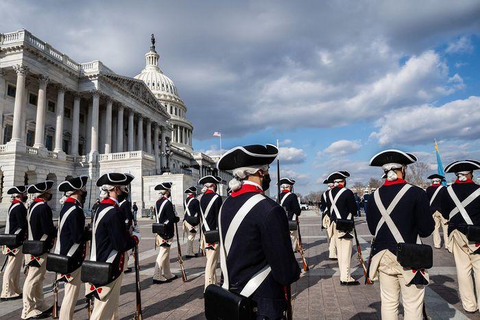 Những hình ảnh ấn tượng trong Lễ nhậm chức của tân Tổng thống Hoa Kỳ Joe Biden - Ảnh 14.