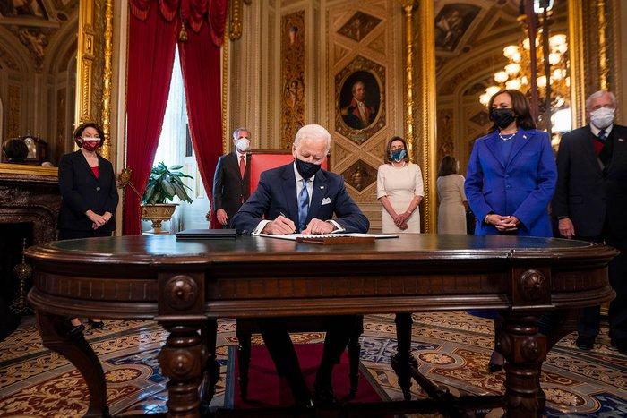 Những hình ảnh ấn tượng trong Lễ nhậm chức của tân Tổng thống Hoa Kỳ Joe Biden - Ảnh 8.
