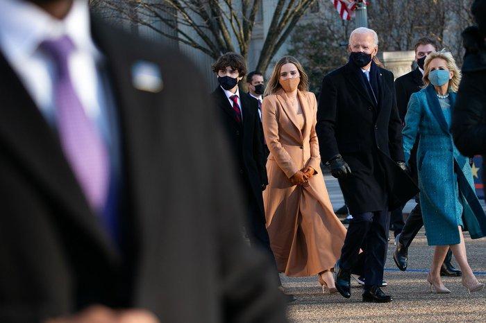 Những hình ảnh ấn tượng trong Lễ nhậm chức của tân Tổng thống Hoa Kỳ Joe Biden - Ảnh 2.