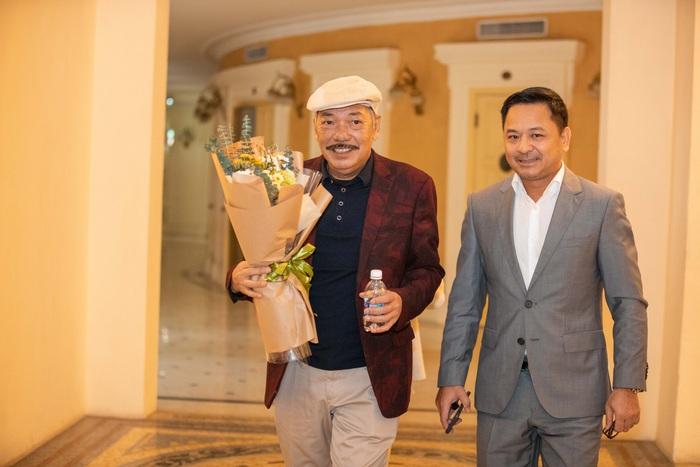 Nhạc sĩ Trần Tiến xuất hiện tại Nhà hát Lớn Hà Nội vào ngày 22/1/2021