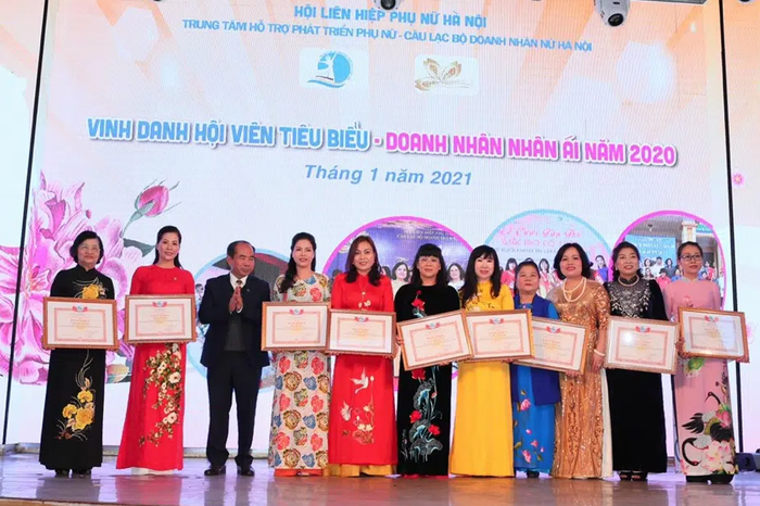 Vinh danh các nữ doanh nhân thủ đô Tâm – Tài – Thanh lịch - Ảnh 1.