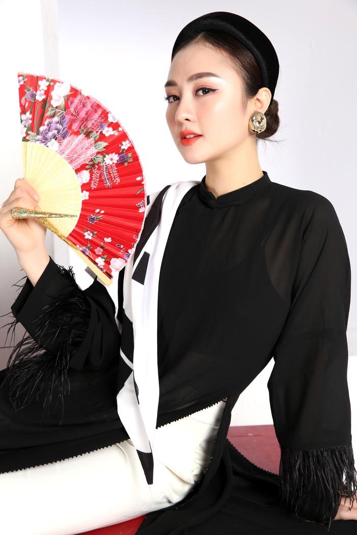 Cao Minh Tiến thiết kế áo dài lấy cảm hứng từ Dân ca Quan họ  - Ảnh 5.