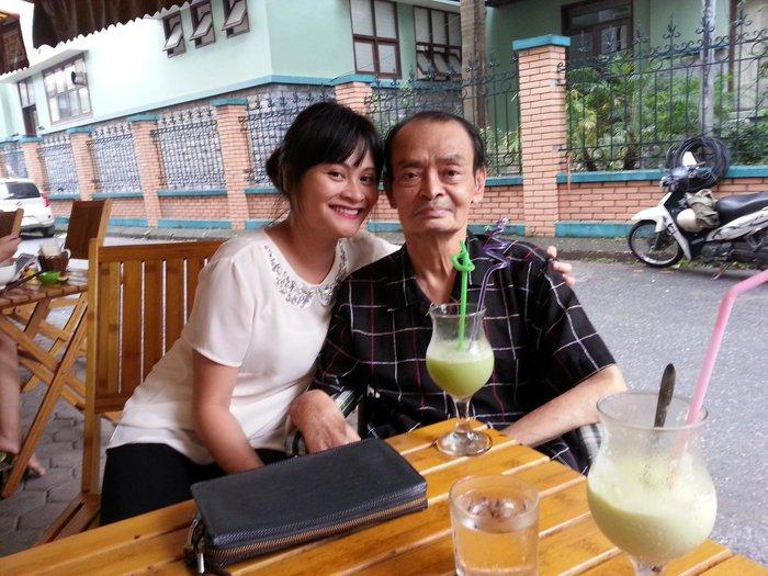 Nhạc sĩ Thanh Tùng lúc sinh thời và con gái Bạch Dương
