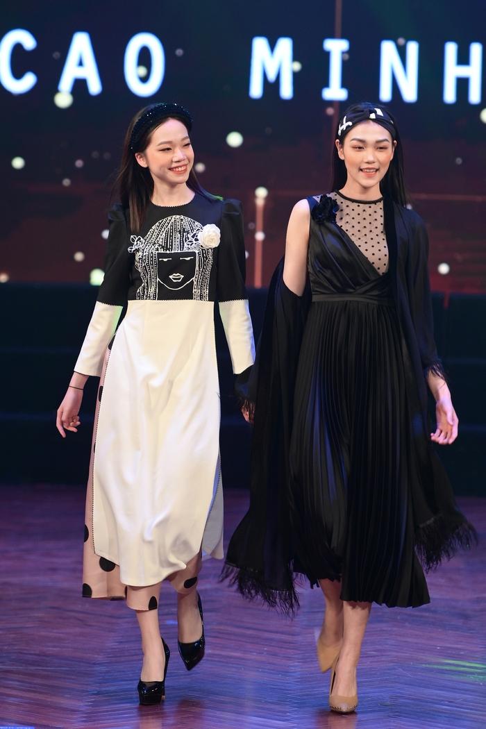 Cao Minh Tiến thiết kế áo dài lấy cảm hứng từ Dân ca Quan họ  - Ảnh 4.