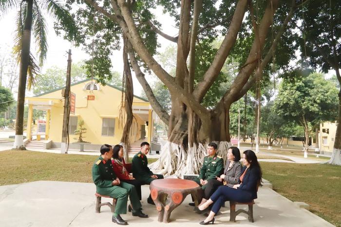 TƯ Hội LHPN Việt Nam chúc Tết cán bộ, chiến sĩ Tiểu đoàn Phủ Thông và Bình Ca - Ảnh 9.