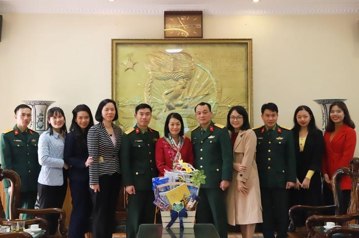 TƯ Hội LHPN Việt Nam chúc Tết cán bộ, chiến sĩ Tiểu đoàn Phủ Thông và Bình Ca - Ảnh 8.