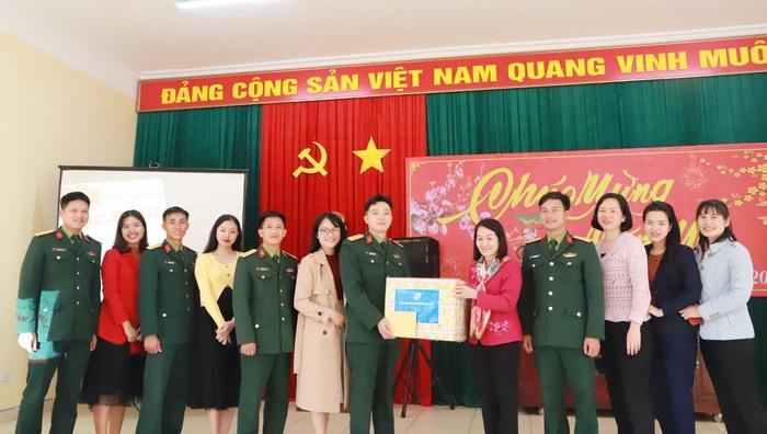 TƯ Hội LHPN Việt Nam chúc Tết cán bộ, chiến sĩ Tiểu đoàn Phủ Thông và Bình Ca - Ảnh 7.