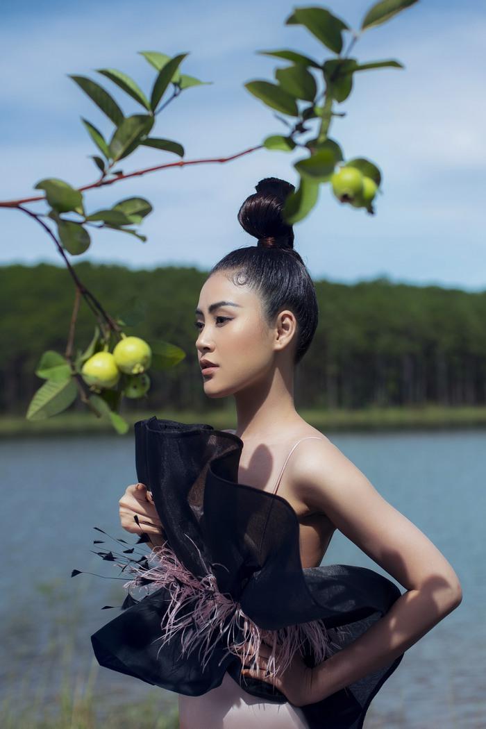 Á hậu Lý Kim Thảo đầm mình hàng tiếng trong thời tiết 8 độ tại Đà Lạt - Ảnh 3.