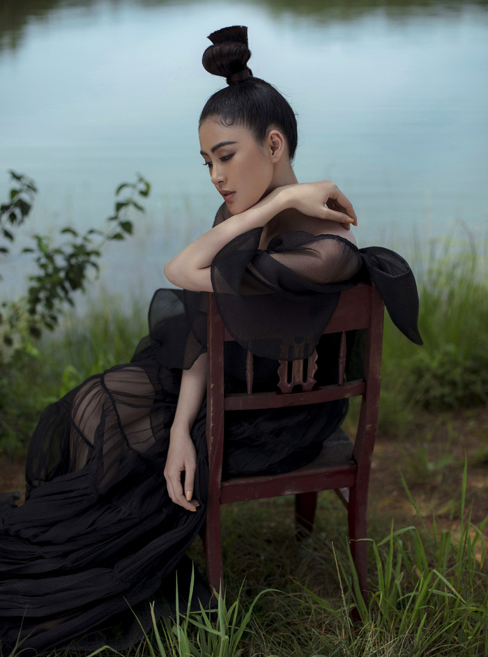 Á hậu Lý Kim Thảo đầm mình hàng tiếng trong thời tiết 8 độ tại Đà Lạt - Ảnh 6.