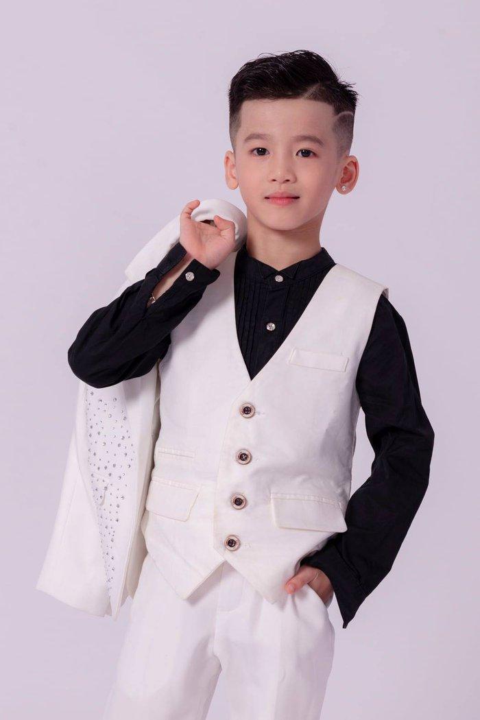 Mẫu nhí Minh Anh đóng phim Tết cùng NSND Trung Anh - Ảnh 3.