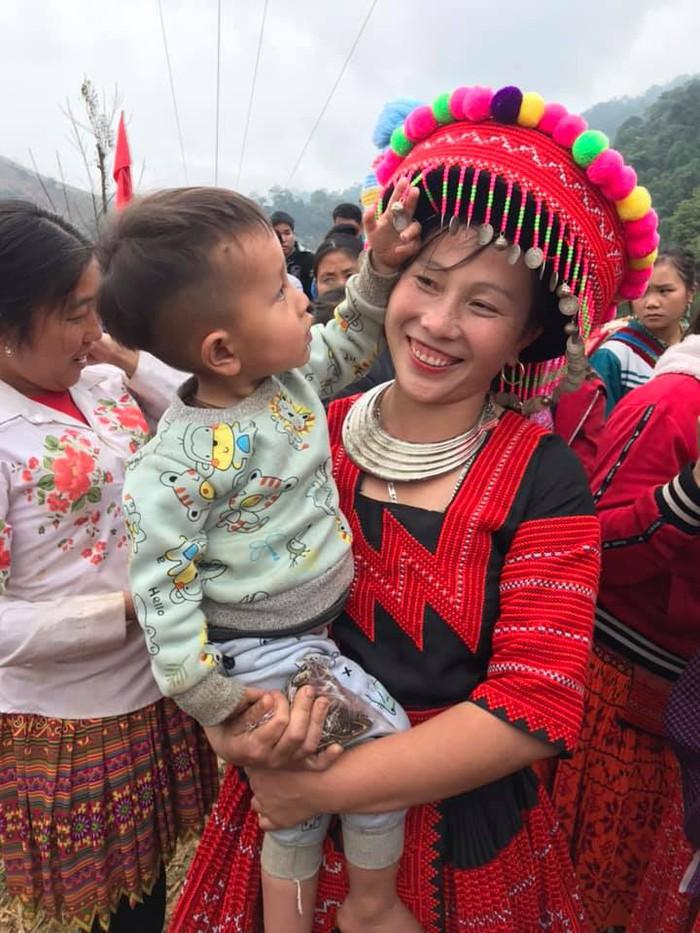 Bộ đội biên phòng Sơn La: Nhiều hoạt động vui Xuân ấm cùng bà con các dân tộc biên giới    - Ảnh 1.