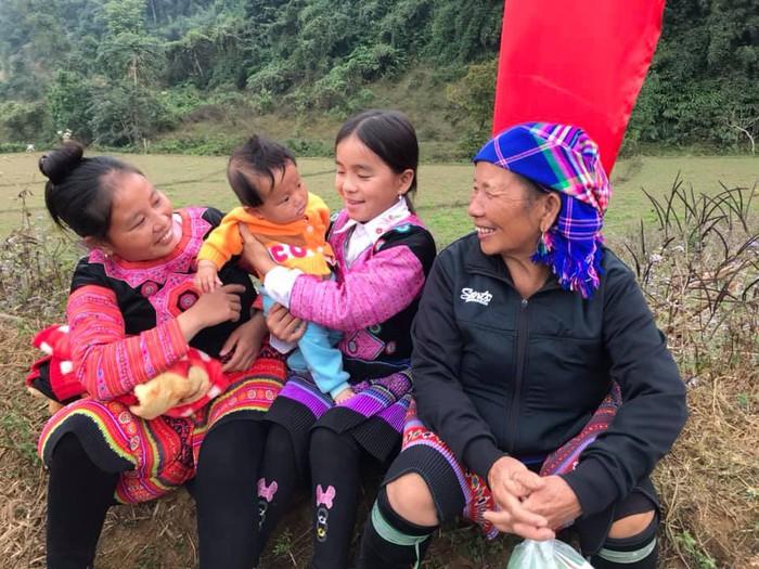 Bộ đội biên phòng Sơn La: Nhiều hoạt động vui Xuân ấm cùng bà con các dân tộc biên giới    - Ảnh 5.