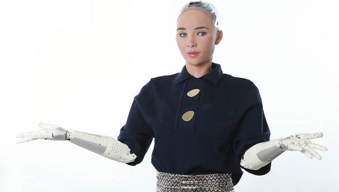 """Thế giới lại rúng động vì robot Sophia muốn làm """"mẹ"""" - Ảnh 1."""