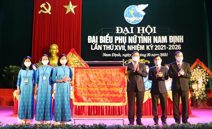 Khai mạc Đại hội Đại biểu Phụ nữ tỉnh Nam Định lần thứ XVII, nhiệm kỳ 2021-2026 - Ảnh 2.