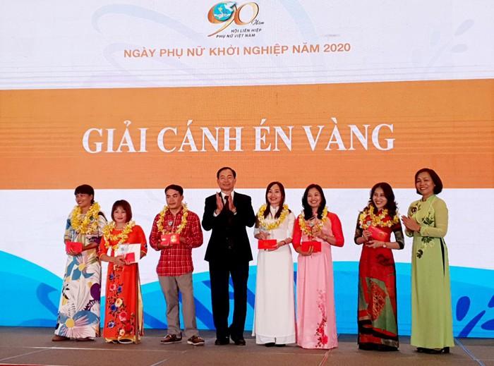 Trao giải Cuộc thi Phụ nữ khởi nghiệp năm 2021 với giải thưởng gần 2,5 tỷ đồng - Ảnh 1.