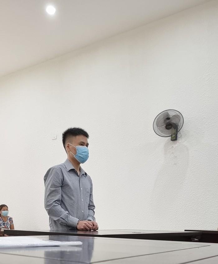 Nguyễn Văn Tùng tại phiên tòa sáng 7/10