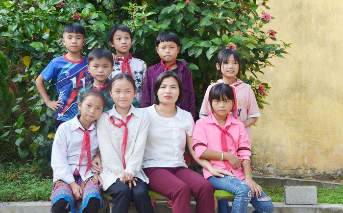 Hạnh phúc của cô giáo vùng cao là được nhìn học sinh vươn xa - Ảnh 2.