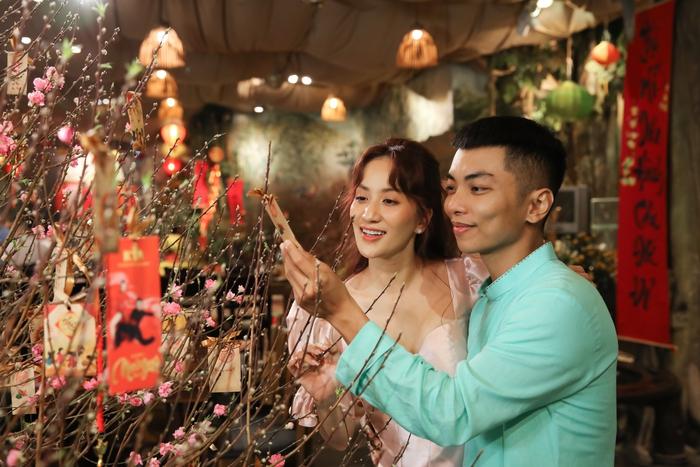 Vợ chồng Khánh Thi - Phan Hiển