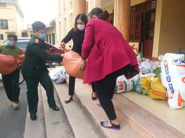 Hội viên phụ nữ tỉnh Bắc Giang chung tay phòng, chống CoVid - Ảnh 1.