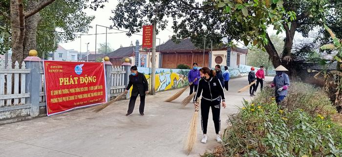 Hội viên phụ nữ tỉnh Bắc Giang chung tay phòng, chống CoVid - Ảnh 3.