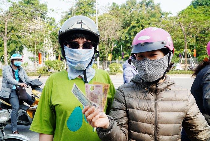 """Hà Nội: Chục tấn nông sản Hải Dương hết vèo, hàng trăm người đến """"giải cứu"""" phải quay trở về - Ảnh 4."""