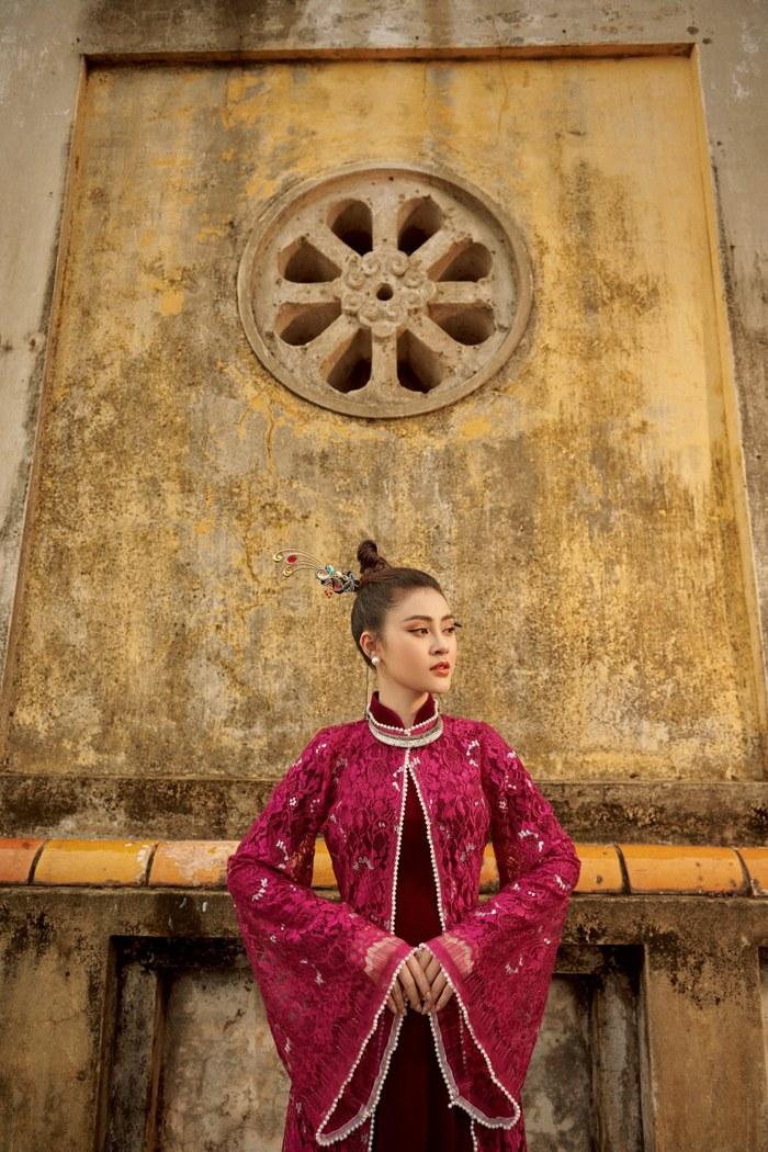 Á hậu Lý Kim Thảo quảng bá di sản qua tà áo dài - Ảnh 12.