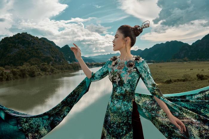 Á hậu Lý Kim Thảo quảng bá di sản qua tà áo dài - Ảnh 8.