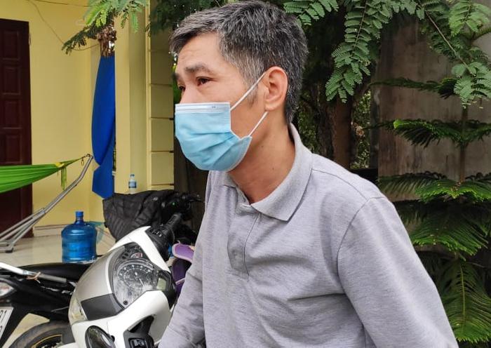 Nghi phạm sát hại thiếu nữ 16 tuổi ở Hà Nam từng cầm dao truy sát bố đẻ - Ảnh 3.