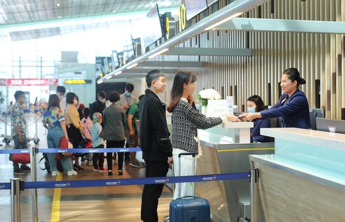Khôi phục đường bay Vân Đồn – TP.HCM từ 3/3, giá vé chỉ 33 nghìn đồng/chiều - Ảnh 1.