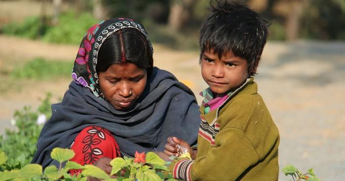 Trẻ em Ấn Độ bị suy dinh dưỡng nghiêm trọng - Ảnh 2.