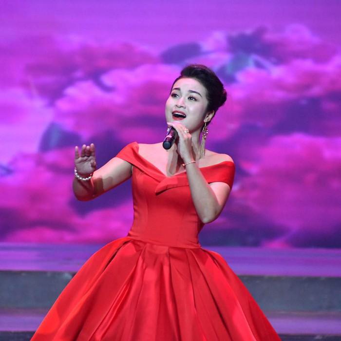 Giải Nhất Sao Mai 2017 dòng thính phòng Đỗ Tố Hoa sẽ biểu diễn trong Đại nhạc hội văn hóa âm nhạc quốc tế Thế giới hát về Mẹ