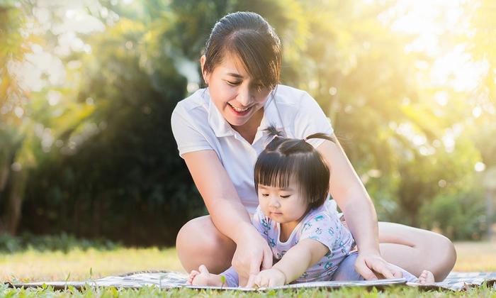 """Mẹ đơn thân canh cánh về sự an toàn của con gái khi """"đi bước nữa"""" - Ảnh 1."""