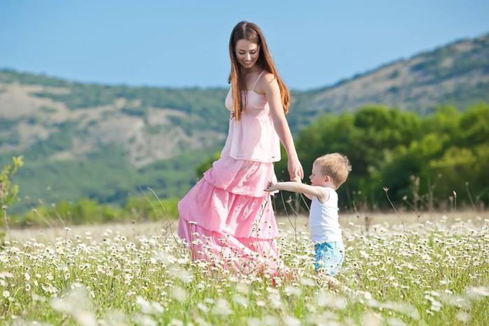 Hạnh phúc  lại mỉm cười với mẹ đơn thân - Ảnh 1.