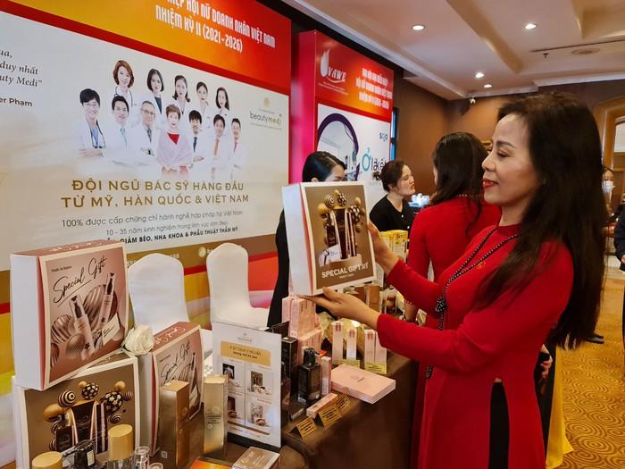 Thực hiện khát vọng vươn xa của các nữ doanh nhân Việt Nam  - Ảnh 3.