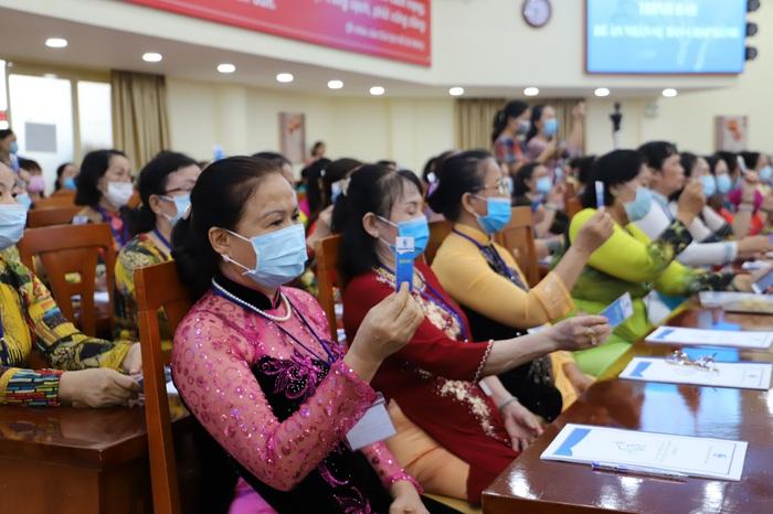"""Đại Hội đại biểu Phụ nữ Hội LHPN phường 14, quận 10 TPHCM quyết tâm """"Xây dựng gia đình 5 không 5 có 3 sạch"""" - Ảnh 1."""