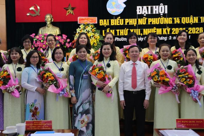 """Đại Hội đại biểu Phụ nữ Hội LHPN phường 14, quận 10 TPHCM quyết tâm """"Xây dựng gia đình 5 không 5 có 3 sạch"""" - Ảnh 2."""
