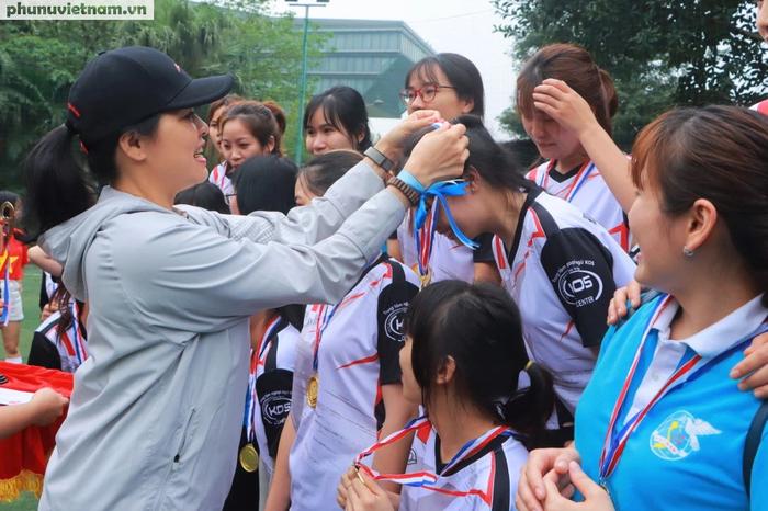 Hội LHPNVN vô địch giải bóng đá nữ Đoàn Thanh niên  khối các cơ quan Trung ương - Ảnh 8.