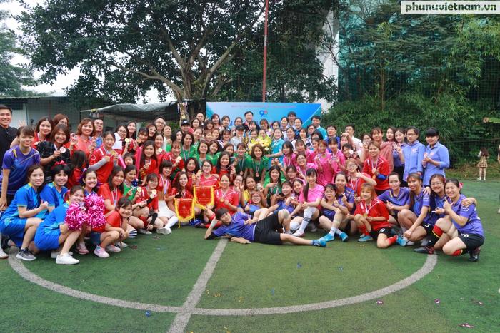 Hội LHPNVN vô địch giải bóng đá nữ Đoàn Thanh niên  khối các cơ quan Trung ương - Ảnh 13.