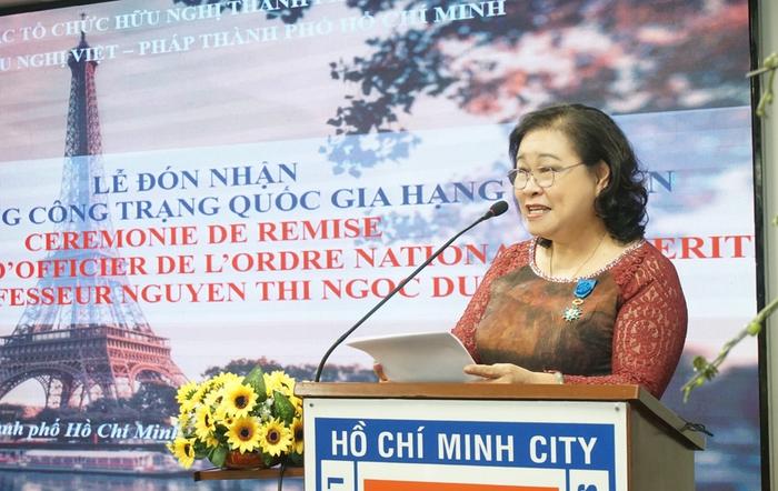 Pháp trao Huân chương Sĩ quan Công trạng quốc gia cho PGS.TS Nguyễn Thị Ngọc Dung - Ảnh 1.