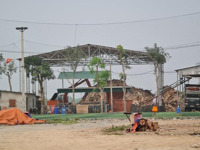 Từ bất cập tại công trình trường tiểu học Hòa Bình (Nghệ An): Nhiều nghi vấn về doanh nghiệp trúng thầu - Ảnh 3.