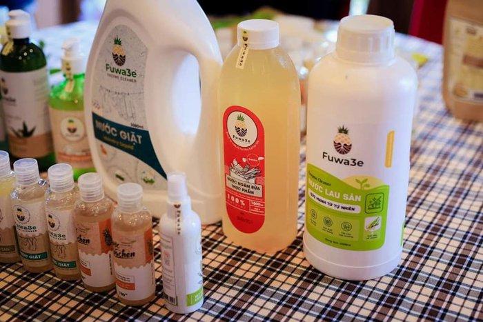 Dùng vỏ dứa sản xuất chất tẩy rửa tự nhiên, chinh phục OCOP 4 sao  - Ảnh 3.