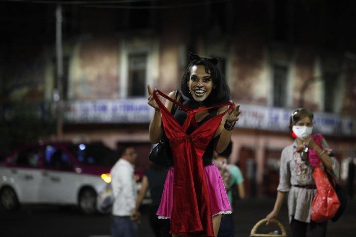 """Bị đại dịch """"dồn vào đường cùng"""", phụ nữ Mexico quay lại con đường mại dâm - Ảnh 9."""