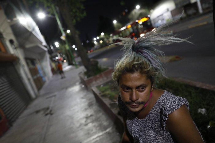 """Bị đại dịch """"dồn vào đường cùng"""", phụ nữ Mexico quay lại con đường mại dâm - Ảnh 18."""