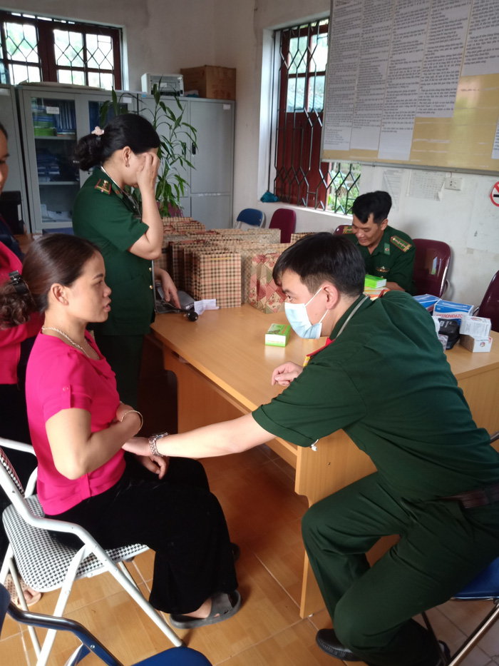 Phụ nữ Hưng Yên hỗ trợ phụ nữ nghèo tỉnh Điện Biên hơn 200 triệu đồng - Ảnh 1.